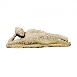 Buda de piedra tumbado