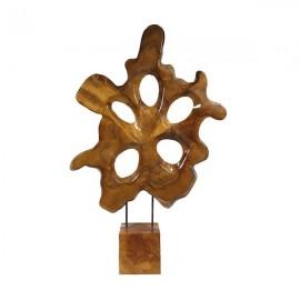 Escultura tallada de teca