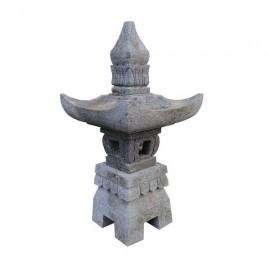 Lámpara japonesa de jardín