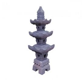 Lámpara japonesa de piedra