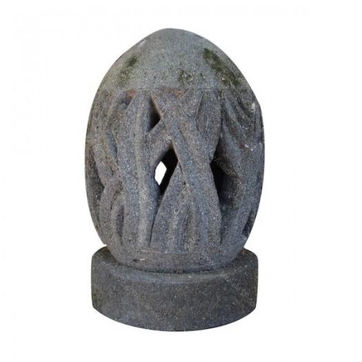 Lámpara huevo de piedra