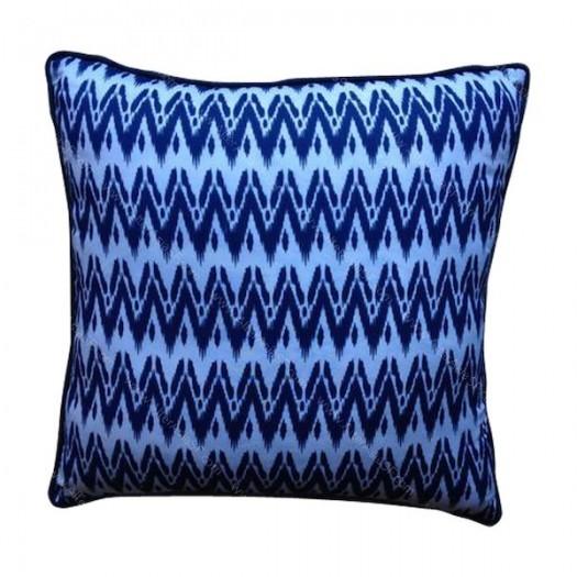 Funda cojín batik chevron azul