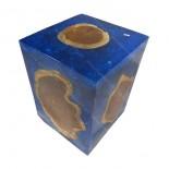 Taburete teca y resina azul